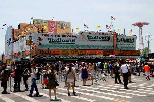 Nathan's Famous Hotdog-Stand
